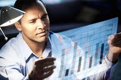 启德,市场分析研究师