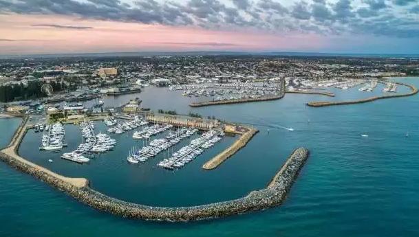 西澳洲首都