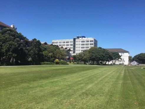 新西兰大型理工院校